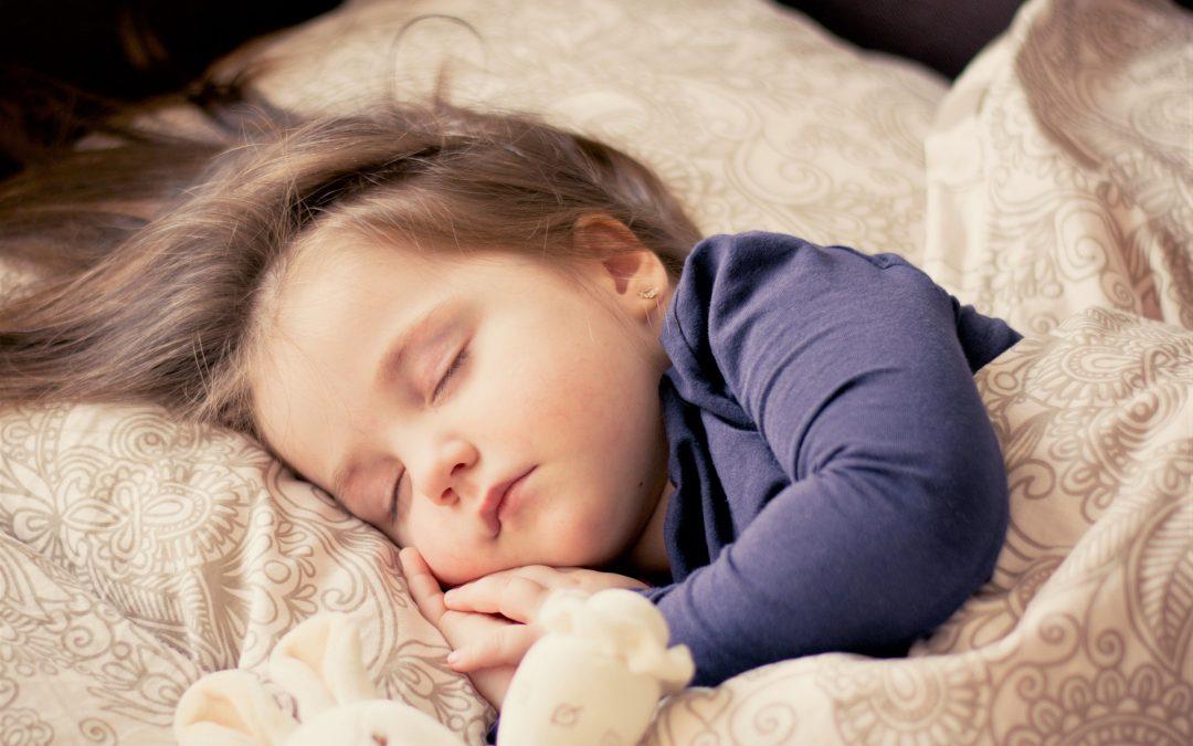Przeziębienie u dzieci – jak sobie z nim radzić?